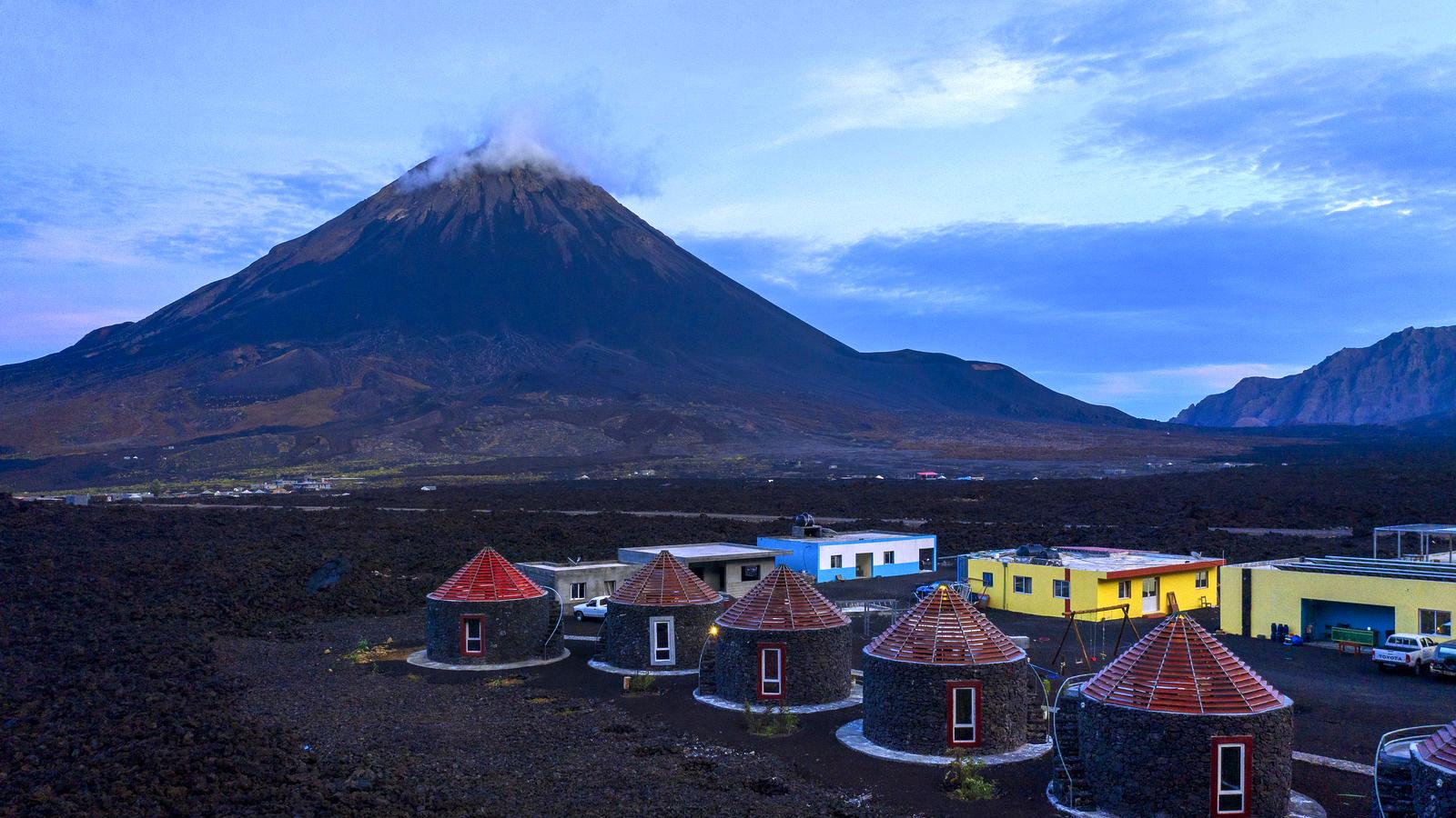 Van actieve vulkanen naar tropische stranden