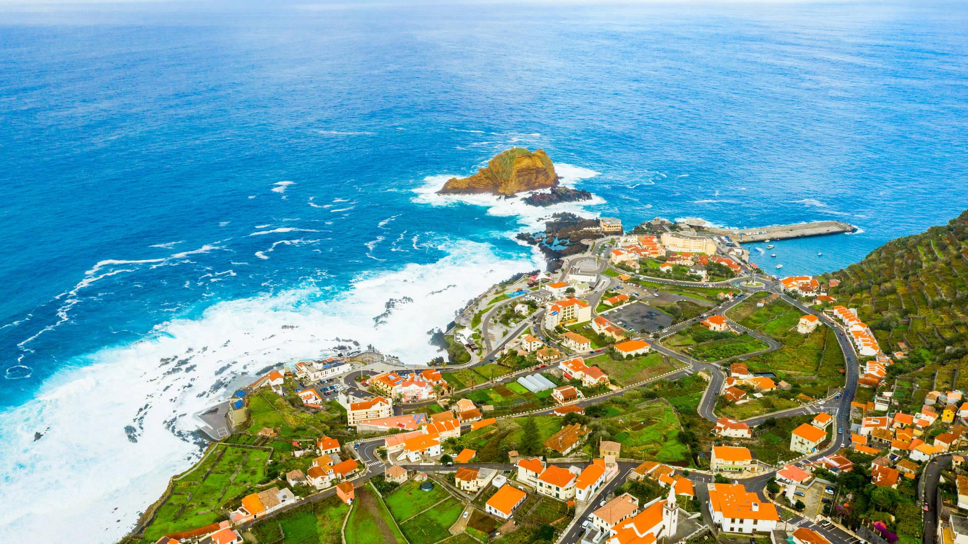 uitzicht van Miradouro da Santa over Porto Moniz